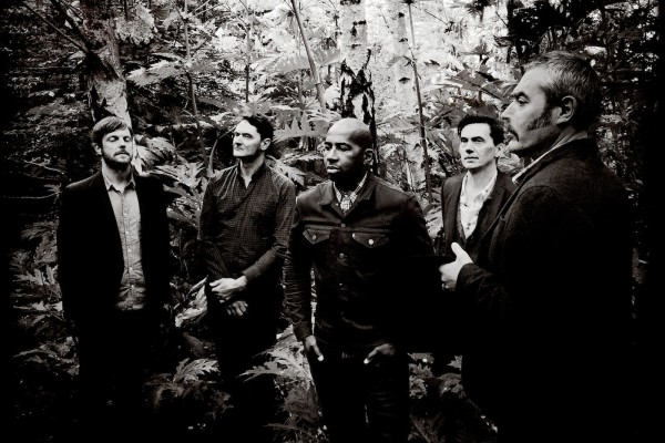 Tindersticks photo par Richard Dumas