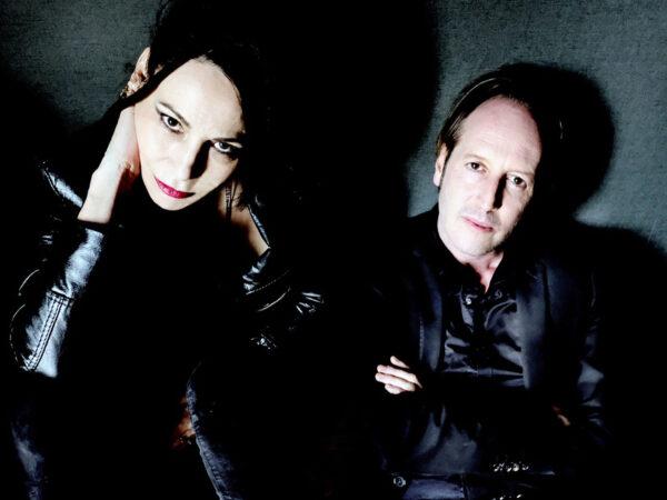 Olivier Mellano / Mona Soyoc © Richard Dumas